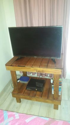 Home made Tv Stand for the room. A quick Sunday Project