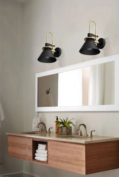 This Nordic Wall Light Black is without any doubt our best seller we ever had. Thank to its conception, this Nordic wall sconce will allow you to combine the pleasant and the useful by lighting up any bed or living room in a very elegancy way. Bedside Lighting, Wall Sconce Lighting, Wall Sconces, Bathroom Lighting, Mirror Lamp, Led Wall Lamp, Wall Mounted Light, Modern Chandelier, Metal Walls