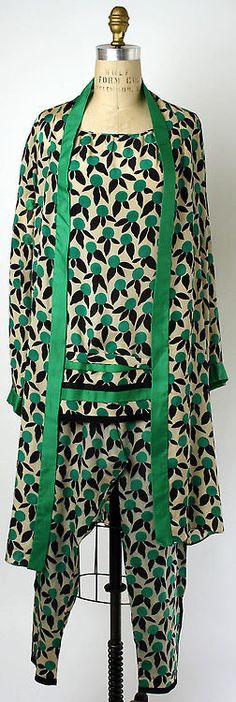 Lounging Pajamas Edward Molyneux, 1928 The Metropolitan Museum...