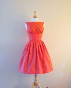 Red retro dress. #red #dress #sew