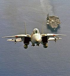 F14 TOMCAT LEAVING HOME FOR HIS/HER MISSION... Military Jets, Military Weapons, Military Aircraft, Airplane Fighter, Fighter Aircraft, Air Fighter, Fighter Jets, Avion Jet, Tomcat F14