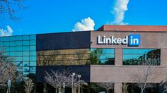 A detailed list of ways to use LinkedIn for branding to help you and your business stand out, get noticed and be remembered in the professional world.