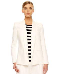 Chaqueta blanca blusa rayas blanco negro