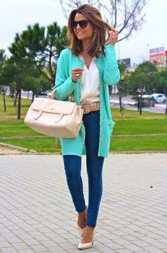 Fashion and Style Blog / Blog de Moda . Post: Spring Jacket / Chaqueta para primavera.More pictures on/ Más fotos en : http://www.ohmylooks.com/?p=22005 I wear/LLevo: Jacket /Chaqueta : Oh My Looks Shop (info@ohmylooks.com) también disponible en rosa y en beige ; Jeans : Hollister ; Blouse/Blusa : El Corte Inglés sección fiesta ; Bag/Bolso : Uterqüe (old) ; Belt/ Cinturón : Mango (old) ; Sunglasses/Gafas de sol : Mango ;Shoes : Pilar Burgos (New collection)