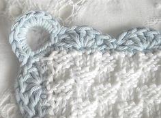 Edging on pretty dishcloth. Such a gorgeous blog!