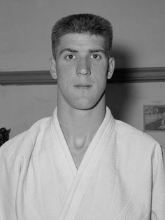 Anton Geesink, el judoka que humilló a Japón en los Juegos Olímpicos - http://www.absolutholanda.com/anton-geesik-judoka-japon-juegos-olimpicos/