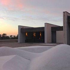 regram @karolina.sasikova #slovakarchitecture#ferdinandmilucky#bratislava#krematorium#architecture #slovakarchitecture http://ift.tt/2hNNXYi