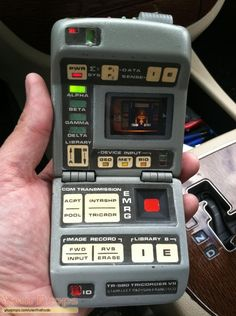 Original hero tricorder seen in the Time And Again episode of Star Trek Voyager