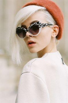 01552c0aa4 Those fab animal printed sunglasses and burnt orange beret. Rock Style