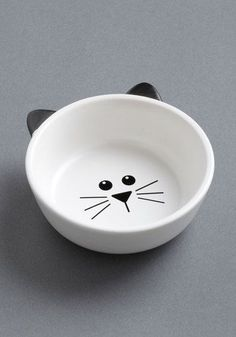 I know it's supposed to be a cat food bowl, but I would eat my cereal out of it. :)