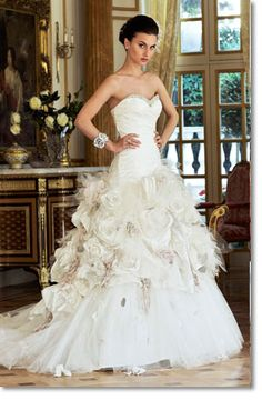 This inspires wedding-dress lust like no other.  Ian Stuart - Flowerbomb.