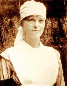 Amelia Earhart, Toronto,1917. Amelia found she was not a nurse however, and left the school.