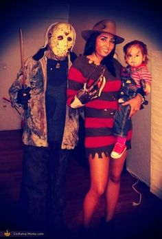 Hallowen Costume Couples Shirley: My husband was Jason, My daughter was chucky and I was Freddy! Horror Movie Costumes, Horror Halloween Costumes, Horror Costume, Halloween Costume Contest, Diy Halloween Costumes, Zombie Costumes, Costume Ideas, Costumes Kids, Homemade Costumes