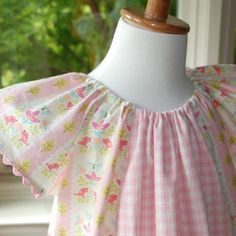 I love the simplicity if this sweet dress