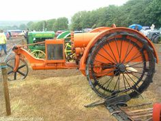 Steel Wheels - The Website for Veteran Tractors Happy Farmer tractors in Lawrence's collection is this 1917 three-wheeled model