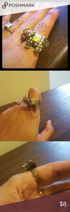 Elephant ring Very beautiful adjustable elephant ring. Jewelry Rings