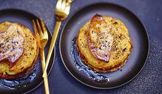 """""""Version crue, on remplace le veau haché par les escalopes de veau entières que l'on taille en tartare avec le foie gras et quelques lamelles de truffes hachées, le tout accompagné d'un ramequin d'écrasée de pommes de terre aux truffes."""""""