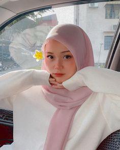 Hijabi Girl, Girl Hijab, Hijab Fashion, Fashion Beauty, Middle Eastern Fashion, Hijab Chic, Beautiful Hijab, Hijab Ideas, Ootd