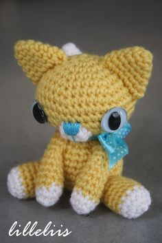 """little kitty, crocheted amigurumi toy. via Etsy."" #Amigurumi  #crochet"
