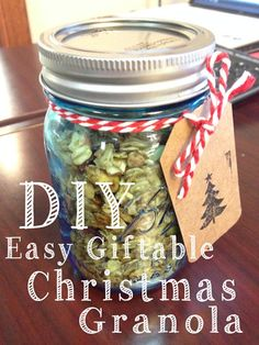Easy DIY Giftable Christmas Granola - so healthy and yummy! Gifts in a jar