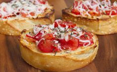 Roasted Garlic Hummus Bruschetta Crostini - Poet in the Pantry Nuwave Oven Recipes, Convection Oven Recipes, Epicure Recipes, Milk Recipes, Healthy Recipes, Skillet Recipes, Vegetarian Recipes, Roasted Garlic Hummus, Garlic Dip