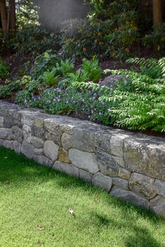 Lake Landscaping, Landscaping Retaining Walls, Landscaping With Rocks, Landscape Walls, Landscape Design, Garden Design, Small Natural Garden Ideas, Stone Retaining Wall, Backyard Plan