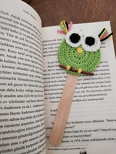 Crochet Bookmark Pattern, Crochet Bookmarks, Crochet Animals, Crochet Hats, Animal Knitting Patterns, Buy Toys, Amigurumi Toys, Knitted Dolls, Knitting Socks