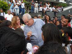 Prefeito de Simões Filho se reúne com estudantes