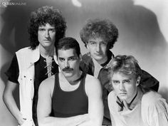 Brian May, Freddy Mercury, John Deacon and Roger Taylor: Queen!