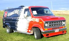 Ford Van Ford, Vintage Vans, Custom Vans, Land Rover Defender, Campervan, Van Life, Mopar, Buses, Motorhome