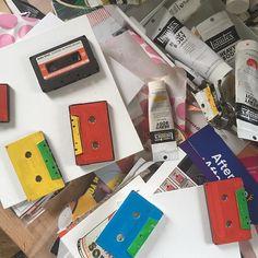 Jai repris le chemin de latelier.... #sophiecosta #collage #vintage #newpopart #upcycling #colors #energy #instaart #artforsale
