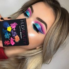 Huda beauty electric eyeshadow palette #makeup #ad