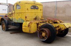 White Truck Day Antique Trucks, Vintage Trucks, Retro Vintage, Classic Tractor, Classic Trucks, Classic Cars, Farm Trucks, Old Trucks, White Truck