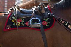 S'Ardia  particolare del cavallo de sa primera bandela  by loybillyrock