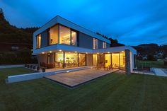 Modern Bungalow House, Modern House Design, Home Building Design, Building A House, Australian Homes, Exterior Design, Architecture Design, House Styles, Balcony