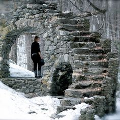 Stairway to nowhere - Madame Sherri Castle Ruins on Gulf Road in West Chesterfield, New Hampshire, USA Conservation Architecture, Stone Stairs, Stone Walls, Stone Masonry, Take The Stairs, Stair Steps, Castle Ruins, Stairway To Heaven, Spiral Staircase