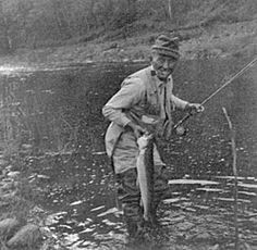 Bing Crosby fly fishing Gone Fishing, Best Fishing, Fishing Stuff, Trout Fishing, Fishing Lures, Fishing Tackle, Famous Fish, Outdoor Magazine, Fishing Pictures