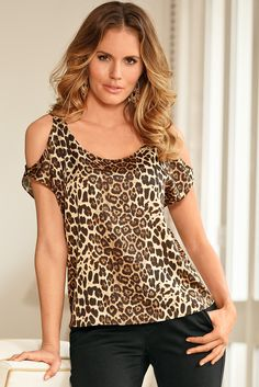 Boston proper fashion в 2019 г. blusas para go Motif Leopard, Leopard Print Top, Animal Print Fashion, Fashion Prints, Cheetah Print Outfits, Sewing Blouses, Unique Clothes For Women, Boston Proper, Blouse Designs