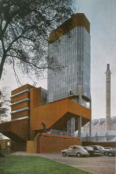 James Stirling: Leicester University's Engineering departmental building