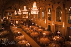Scarlet Vintage Wedding Decor At The Grand Connaught Rooms