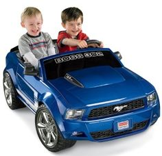 Fisher-Price Power Wheels Ford Mustang Boss 302 - Blue Sleek, realistic Boss Mustang stylingView larger Realistic features make it easy for kids to pretend that Kids Ride On Toys, Toy Cars For Kids, Kids Toys, Baby Toys, Best Scooter For Kids, Kids Scooter, Ford Mustang Boss, Diesel, Electric Sports Car