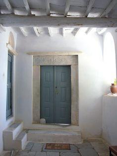 Tinos Greece #grecia #puerta #estructura #madera #piedra