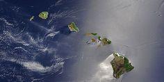 Hawaiian Islands Aerial Satellite Photograph - Living in Hawaii - Moving to Oahu, Maui, Kauai, Big Island 1366x768 Wallpaper, Satellite Maps, Satellite Picture, Sea Level Rise, Aloha Hawaii, Hawaii Life, Visit Hawaii, Space Photos, Hawaiian Islands