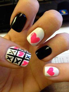 Lovely Valentine's Day Nail Art Ideas #naildesigns #valentinesday #valentinesdaynails