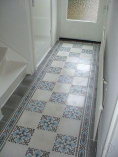 Cement tiles Hall - Gris 04 + Border 01 - Egal Gris S7005 - Egal Blanc S834 - Project van Designtegels.nl