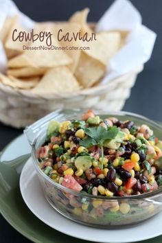 Cowboy Caviar (+ Video) - Dessert Now, Dinner Later! Cowboy Caviar (+ Video) - Dessert Now, Dinner Later! I Love Food, Good Food, Yummy Food, Tasty, Cowboy Caviar, My Recipes, Cooking Recipes, Favorite Recipes, Salad Recipes