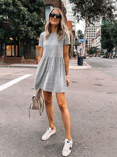 Grey T Shirt Dress, Mini Shirt Dress, Gray Shirt, Dress Outfits, Fashion Dresses, Modest Fashion, Camisa Formal, Fashion Jackson, Dress With Sneakers
