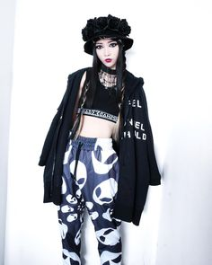 #DollsKill @Juuannie #Juuannie #RageOn #UFO #Alien #Doll #Cybergoth #punk #grunge #kawaii