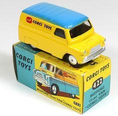 Corgi Toys 422 Bedford Corgi Toys van more common blue roof over Yellow color variation Pic credit QualityDiecastToys.com