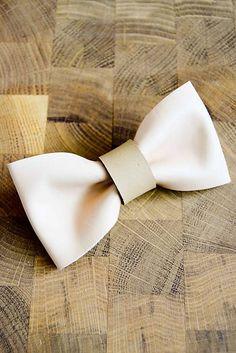 .ALLA / All leather... Bow Tie...